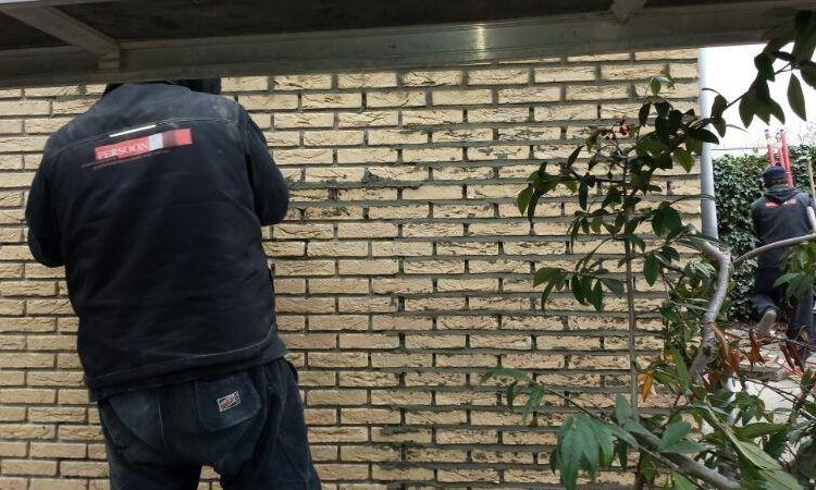 Gevelreiniging en voegwerk vervangen in Amsterdam